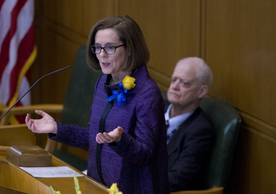 governor-kate-brown-opening-day-legislature91048jpg-2e5d1c1b71ccbc95